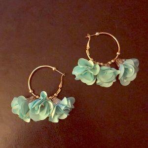 Flower earrings from scout & mollys